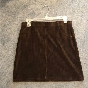 Stretchy brown skirt